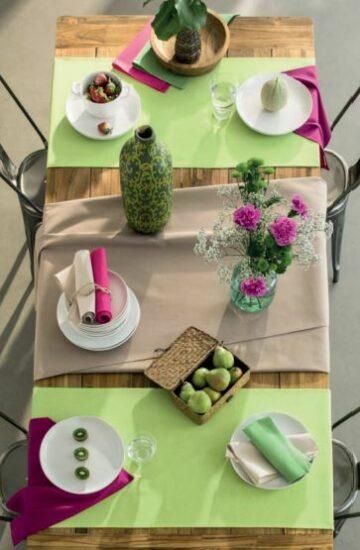 Linge de table : nappe, serviettes et vis à vis
