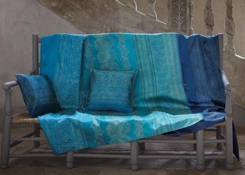 Décoration d'intérieur avec un foulard de décoration