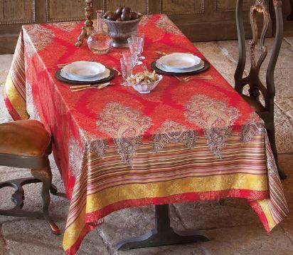Jeté de décoration ou foulard de décoration Bassetti