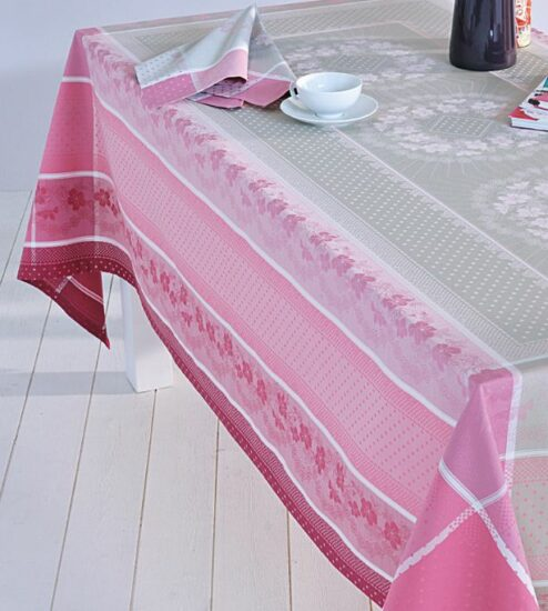 Linge de table avec nappe et serviettes fantaisies en coton jacquard et encadré - Vrancken