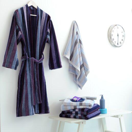 Peignoir, essuie, drap douche et serviette de bain